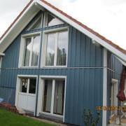 Holzverkleidung eines Einfamilienhauses mit Cape Cod